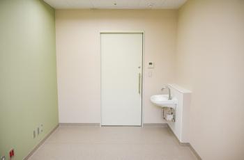 07病院棟1階 診察室