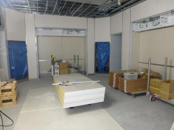 03病院棟内装施工状況(手術室)